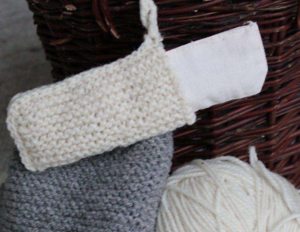 Schafwolle und kirschkerne